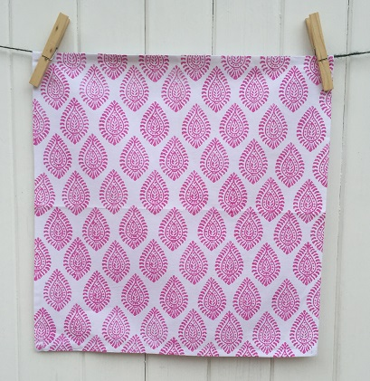 indian-block-printed-napkins-pink-paisely